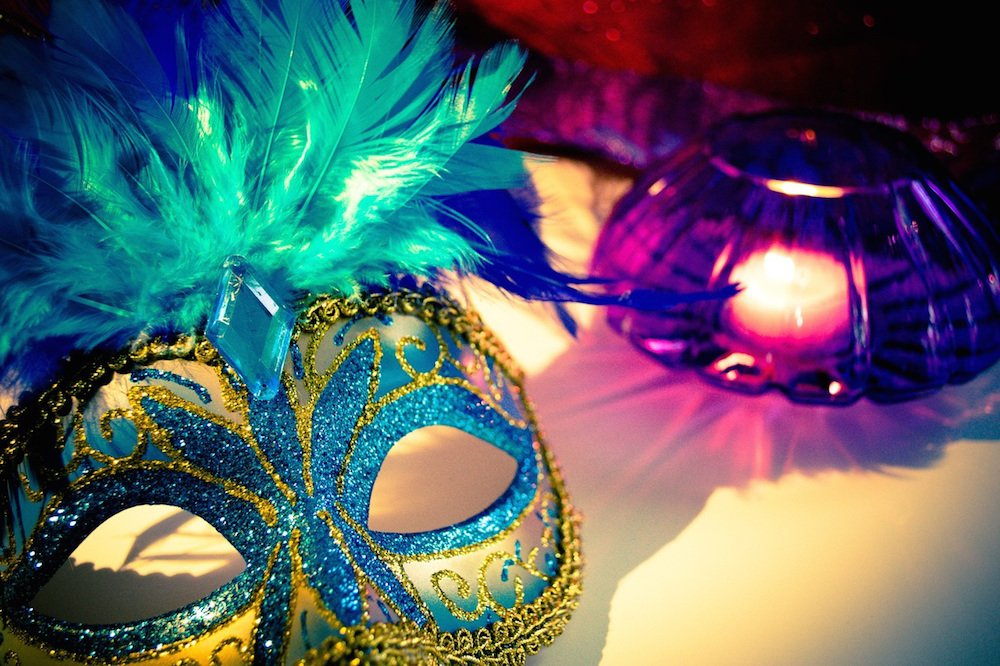 What's On in Sussex, What's on in Sussex in Feb, things to do in Sussex, things to do in Sussex in Feb, Mardi Gras mask, Hastings mardi gras, Hastings Fat Tuesday